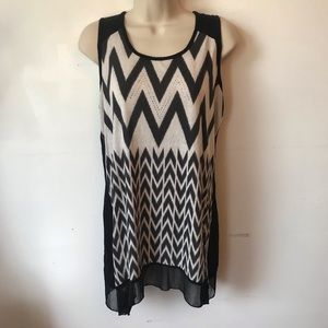 Black White Knit Zigzag Tunic Top Blouse